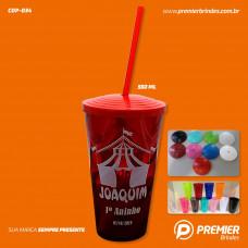 Copo Plástico Twister 550 ml c/ Tampa e Canudo